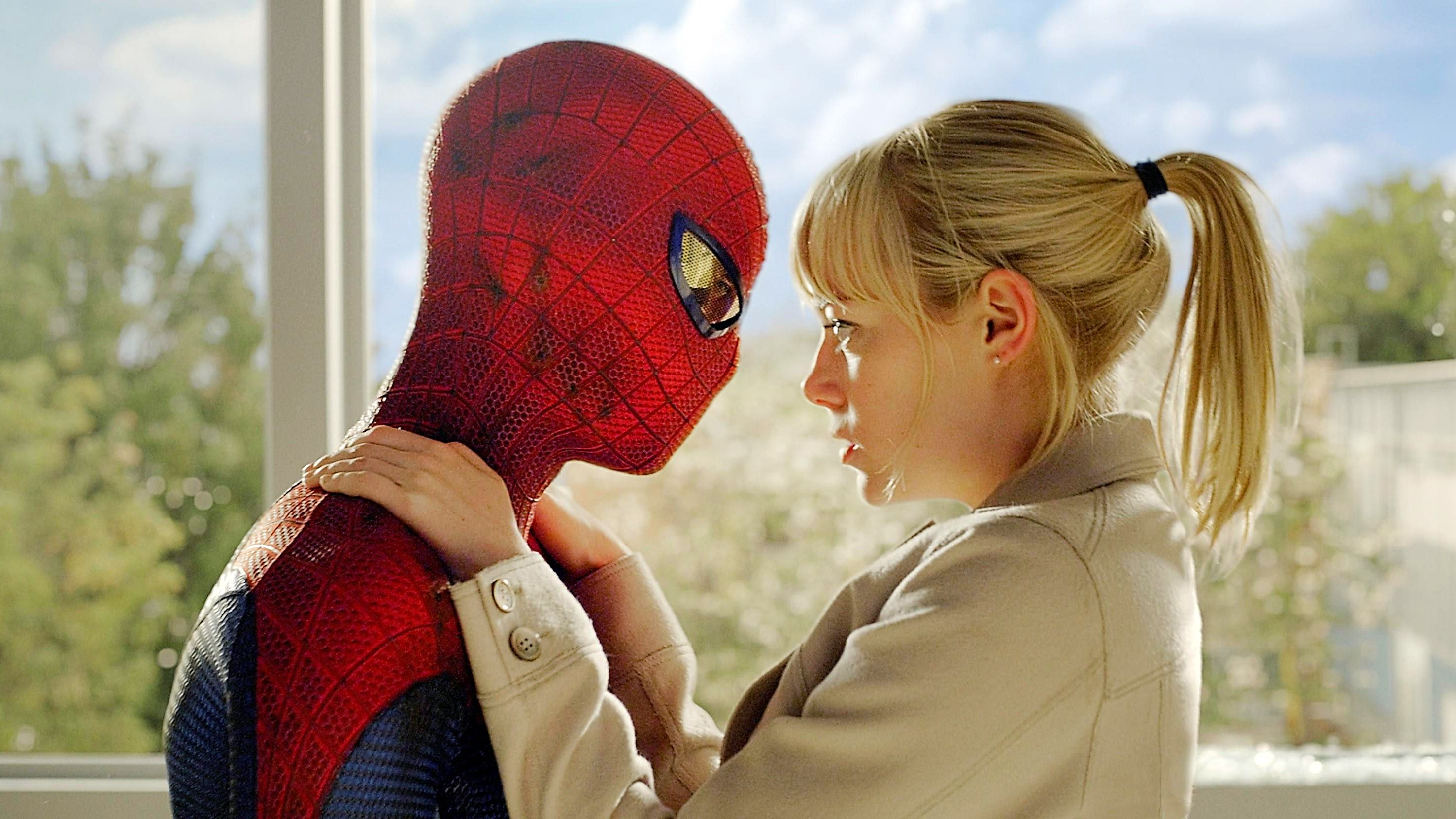 Cool Spider Guy Gwen Stacy Is The Love Rate Of Interest For Peter
