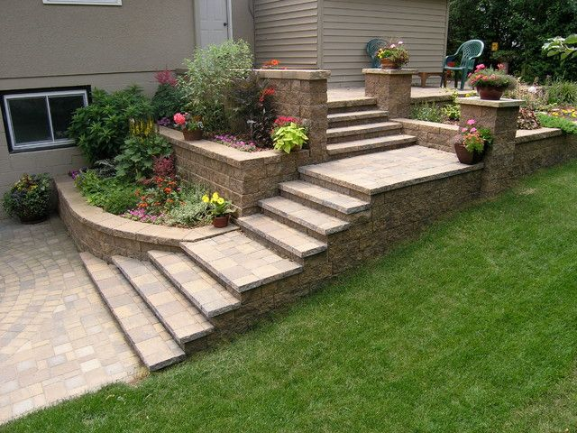 elegant retaining wall stairs design