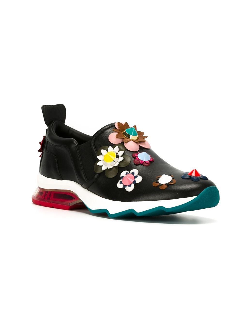 421e2bb2ab fendi  sneakers  flowers  aplique  woman  fashion www.jofre.eu ...