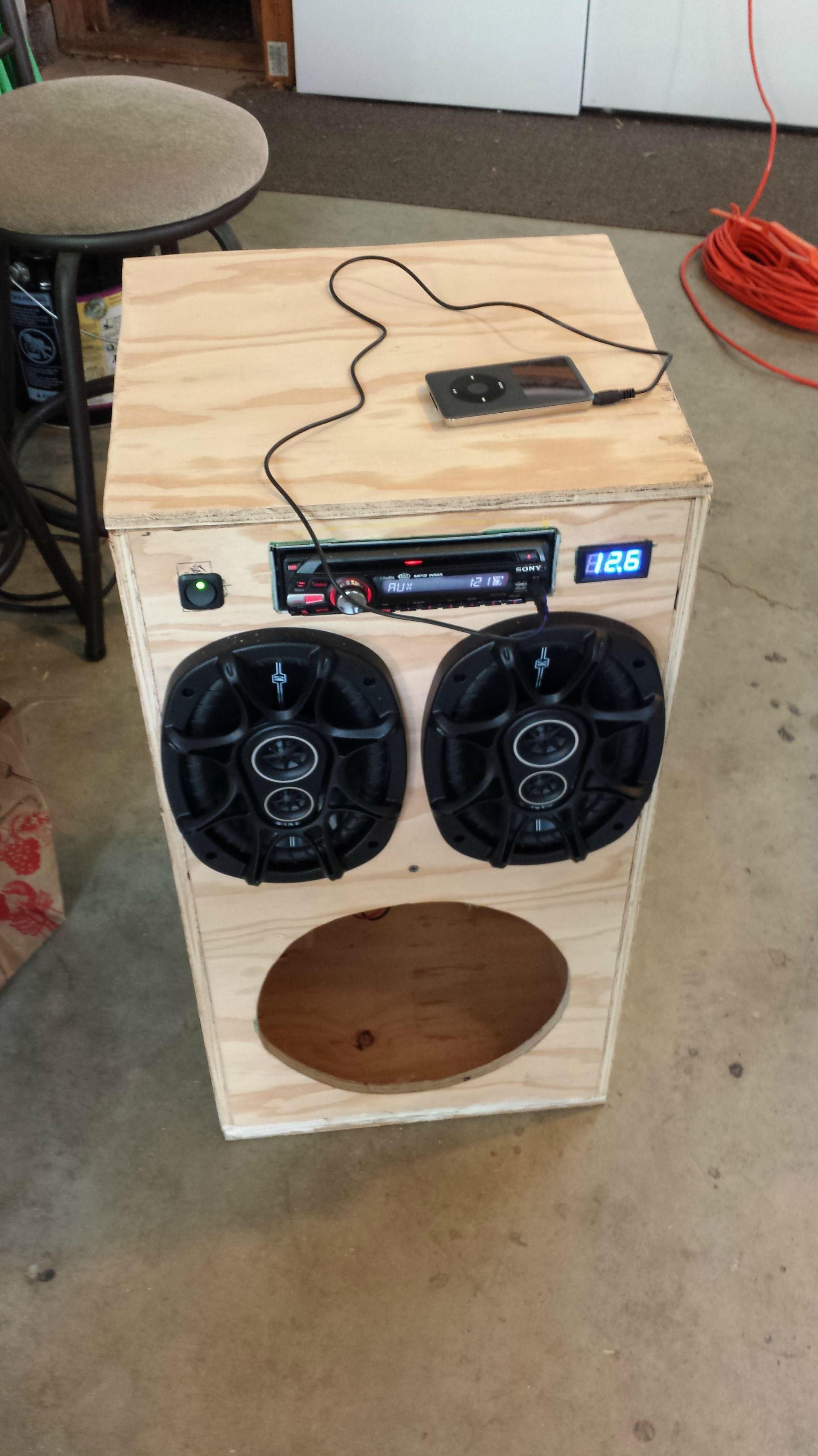 diy portable stereo home car audio pinterest box und selber bauen. Black Bedroom Furniture Sets. Home Design Ideas