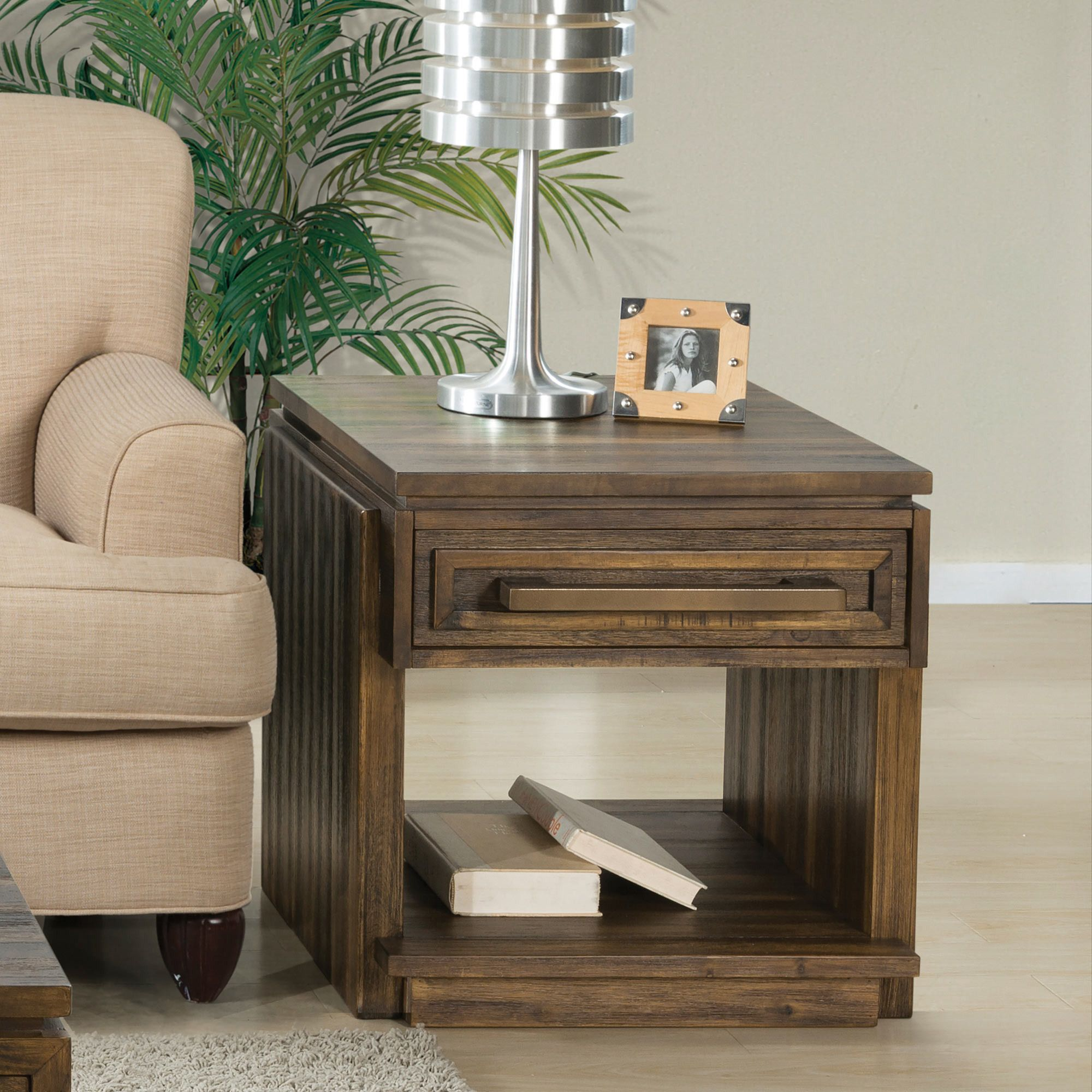 Modern Gatherings Side Table In Oak Riverside Furniture Home