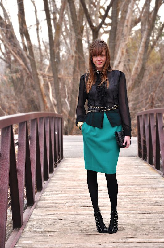 inspired by Jason Wu (teal and black is the topic today at threadethic.com)