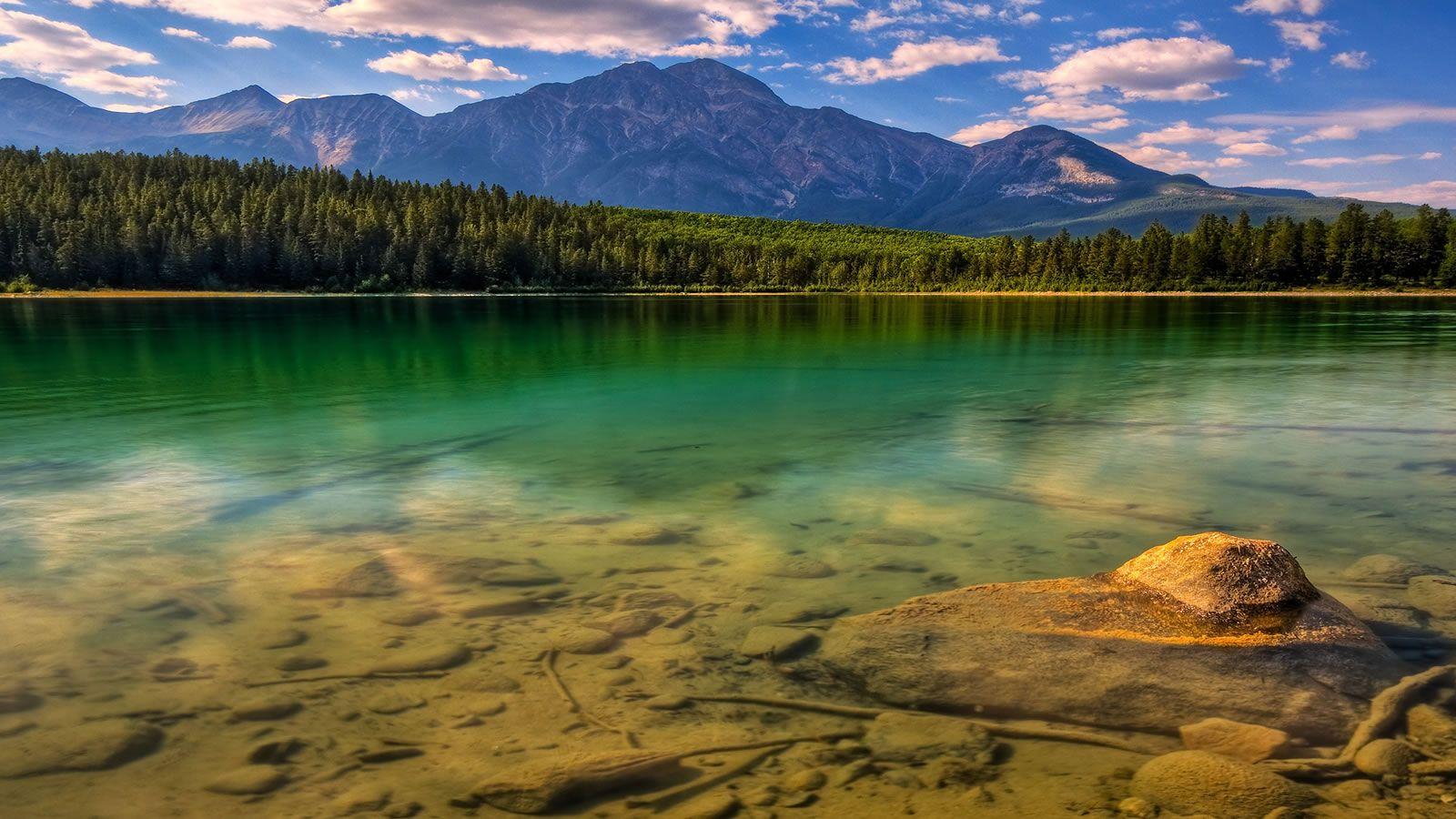 I Don T Know Where It Is But It S Wonderfull Wallpaper Landscape Landscape Wallpaper Beautiful Landscapes