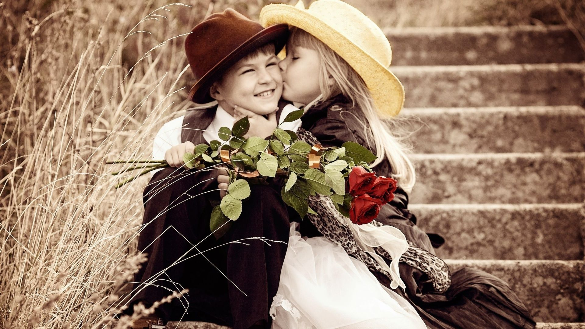 Beutiful Kids Lovely First Kiss Zee Wallpapers Love Couple Wallpaper Cute Love Wallpapers Valentines Day Love Quotes