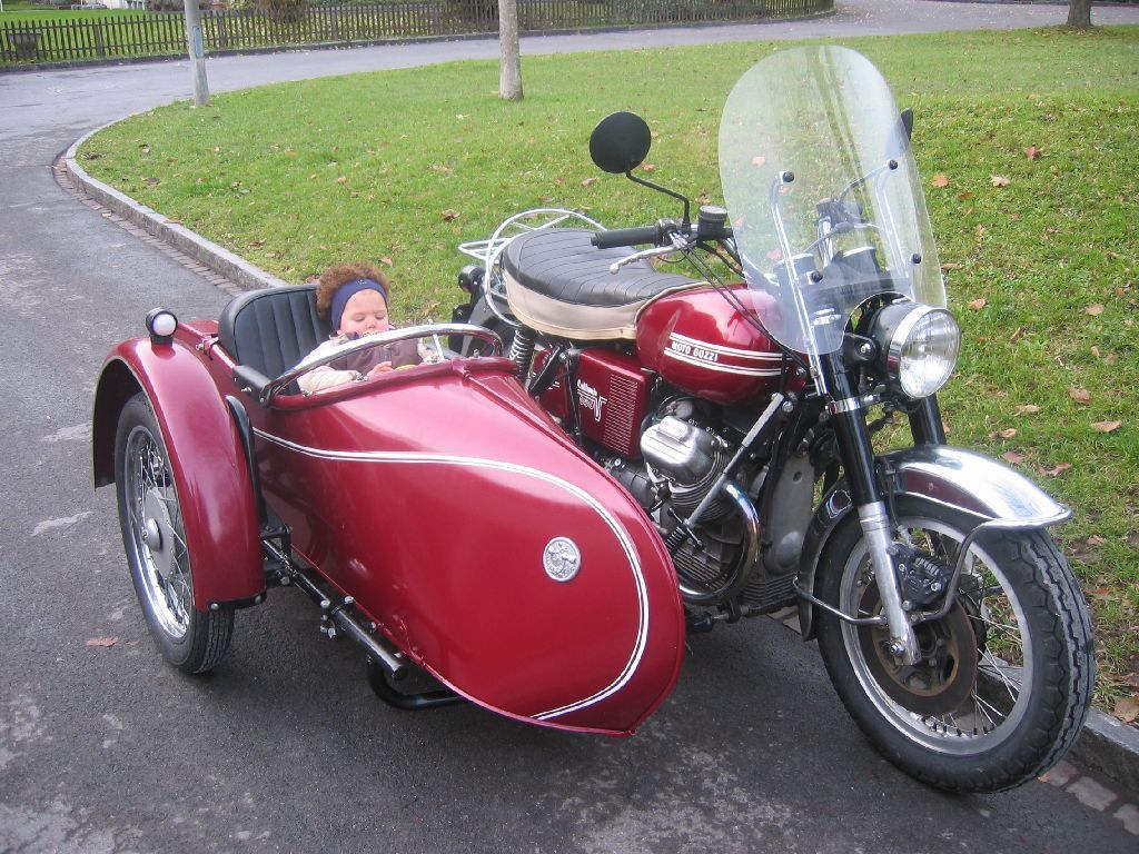 guzzigespann 1024 768 sidecars pinterest sidecar moto guzzi and cars. Black Bedroom Furniture Sets. Home Design Ideas