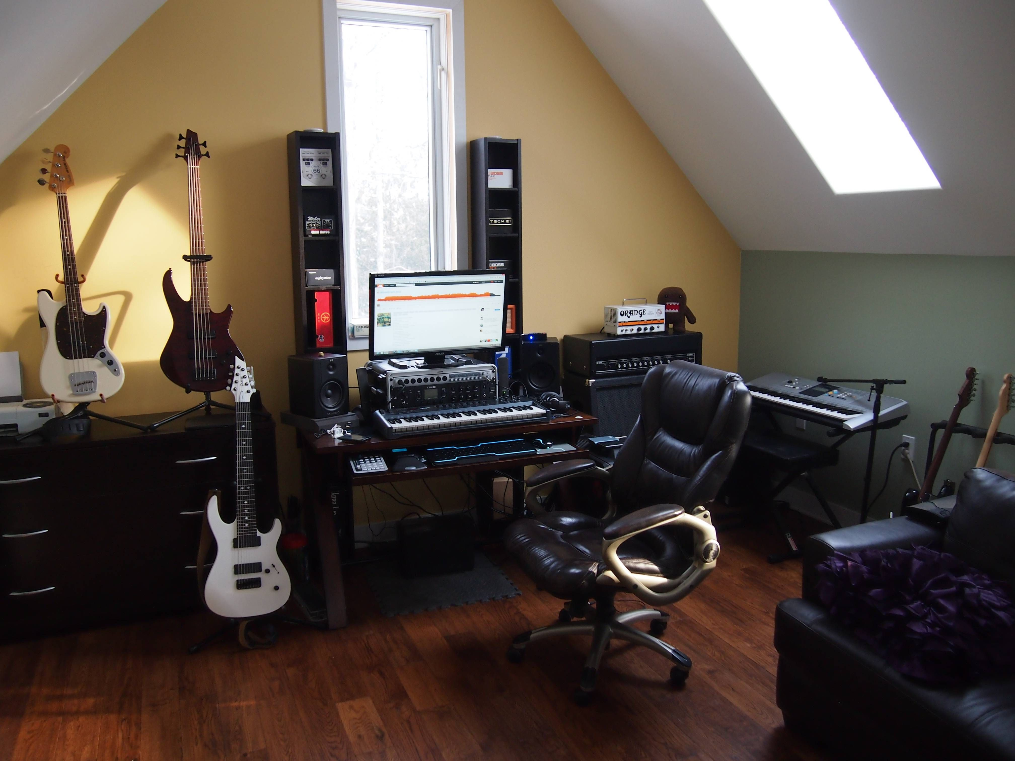 Post Pictures Of Your Setup Big Or Small In 2020 Home Studio Setup Home Studio Studio Setup