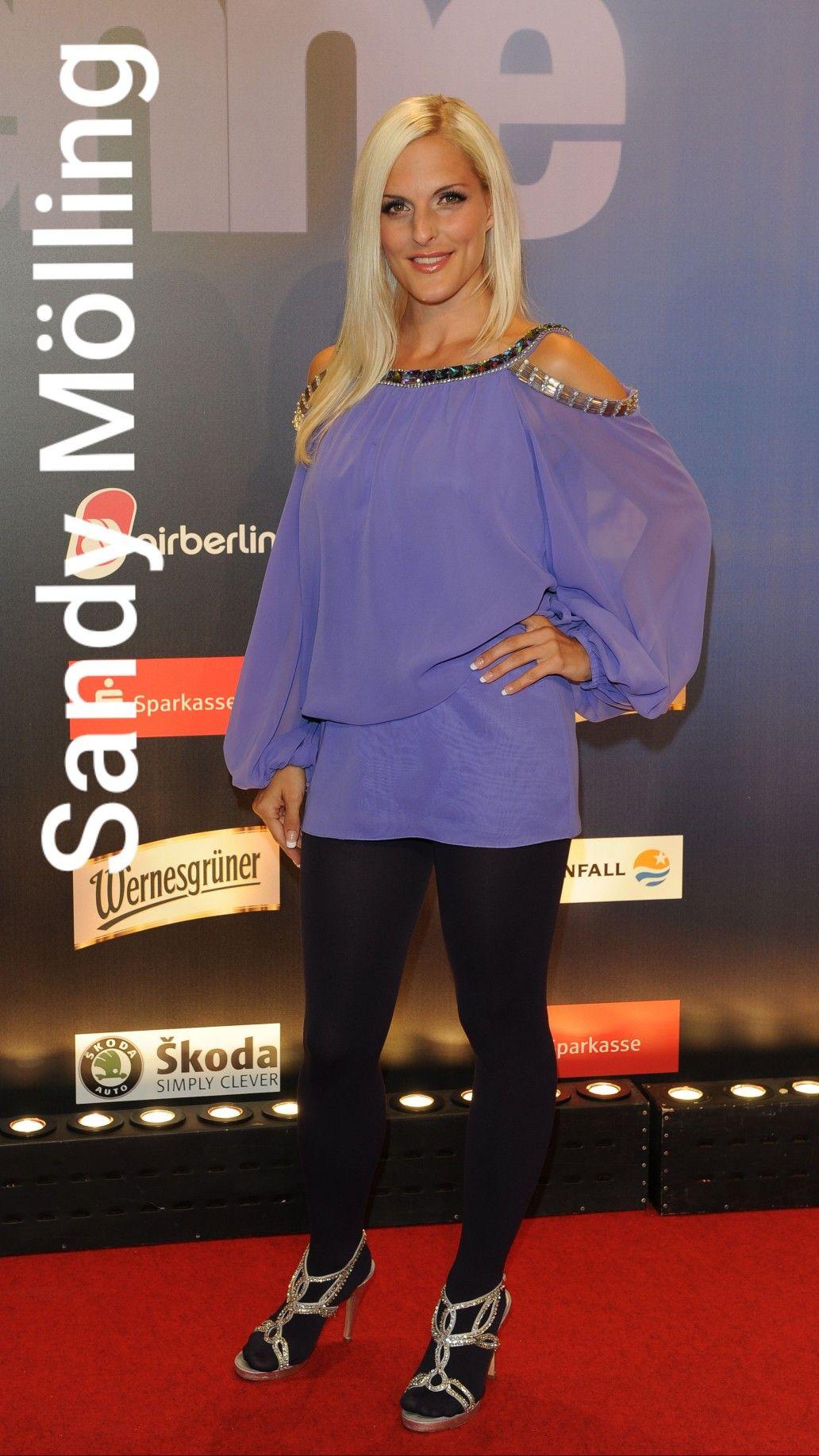 Pin von Daniela Hausfrau auf Sandy Mölling (In Pantyhose