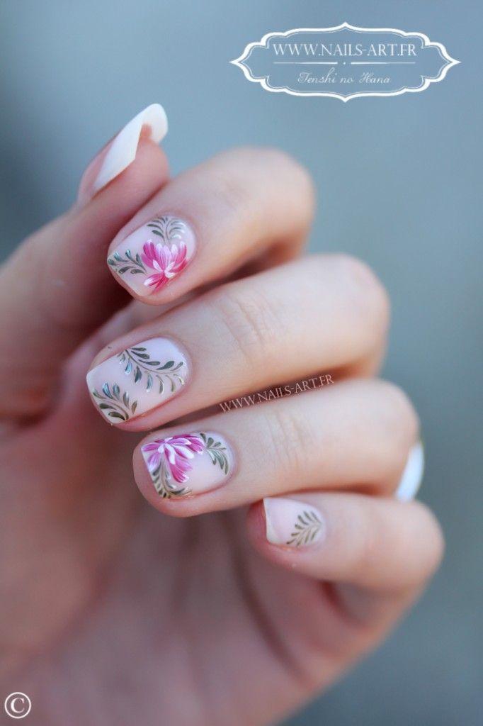 Floral Nails \u2013 15 idées de nail art pour l\u0027automne ! Ongles MatOngles