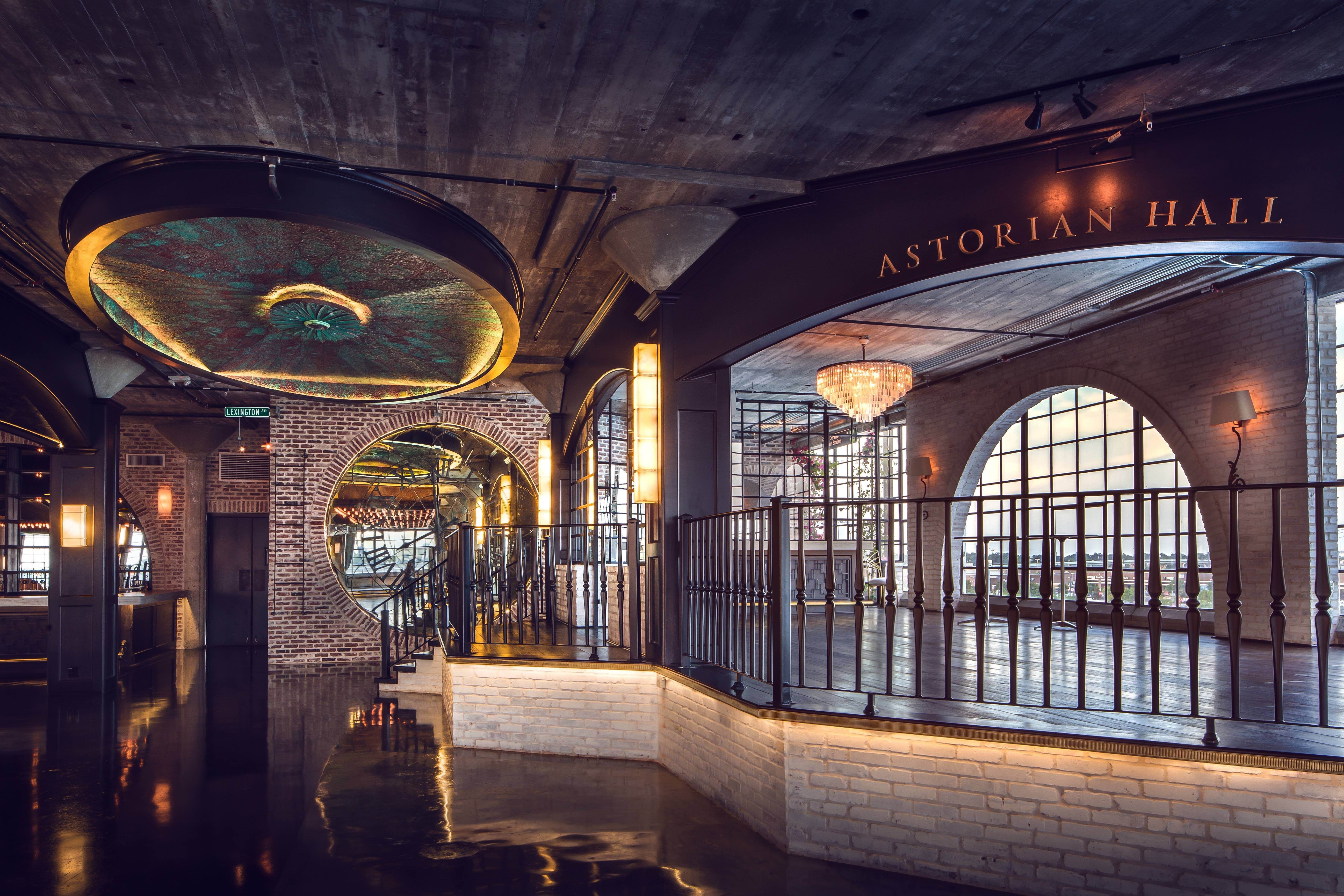 How To Plan Inexpensive Wedding Venues Houston: The Astorian, Houston TX