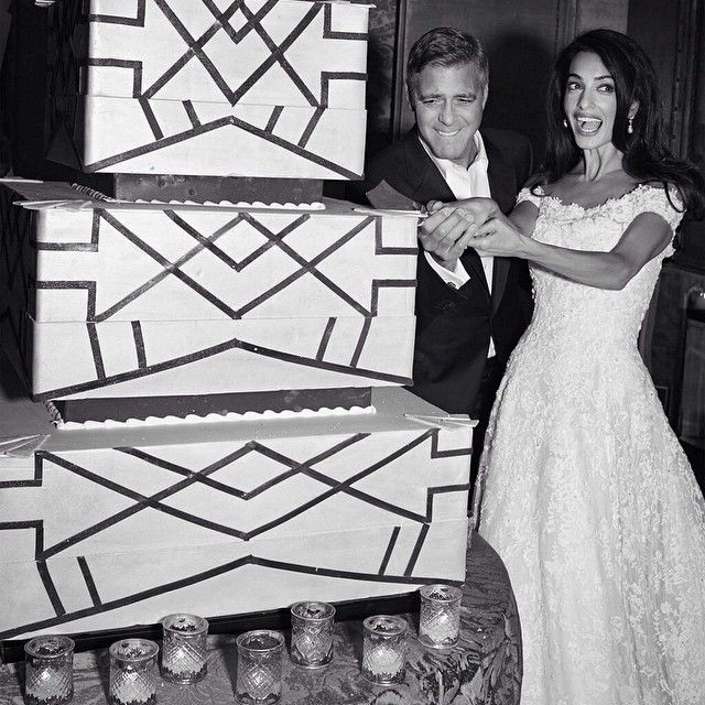 George Clooney And Amal Alamuddin Wedding Cake 2014 Celebrity Weddings Celebrity Wedding Photos Amal Clooney Wedding