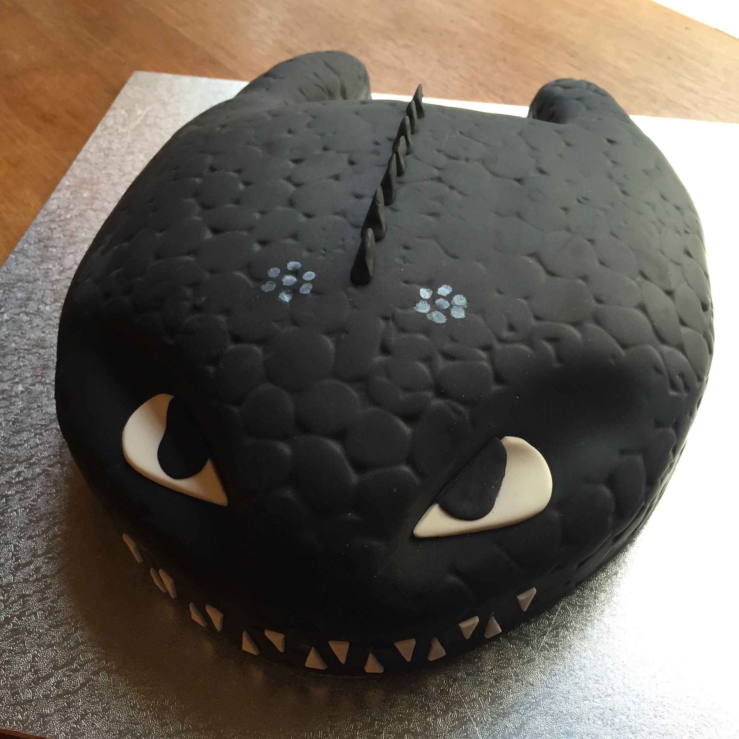 Toothless From How To Train Your Dragon Birthday Cake