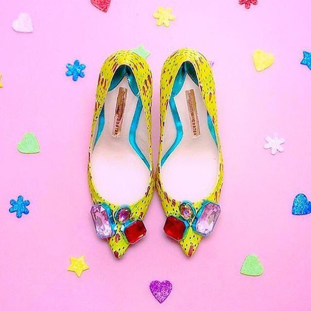 A alegria das cores! #sophiawebster#shoes#style#glam#loveit#details#loveshoes#instashoes#inspiration