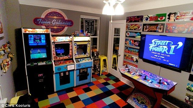 New York Man Turns Bedroom Into 80s Style Arcade Arcade Video