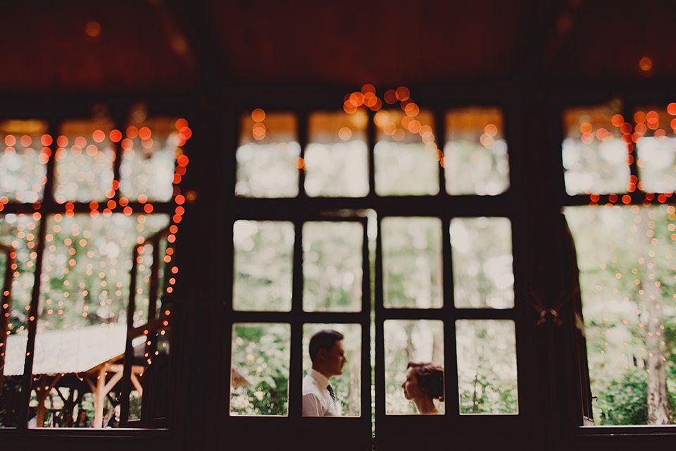 Любовь на всю жизнь: свадьба Оли и Пети https://weddywood.ru/?p=35392