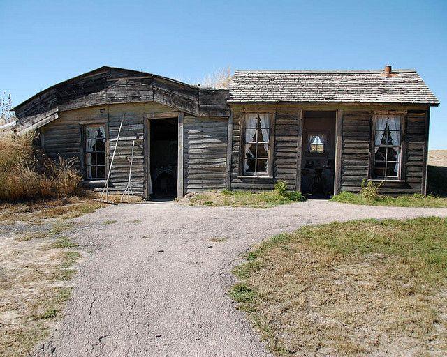 Prairie Homestead Sod House Old Farm Houses Homestead House