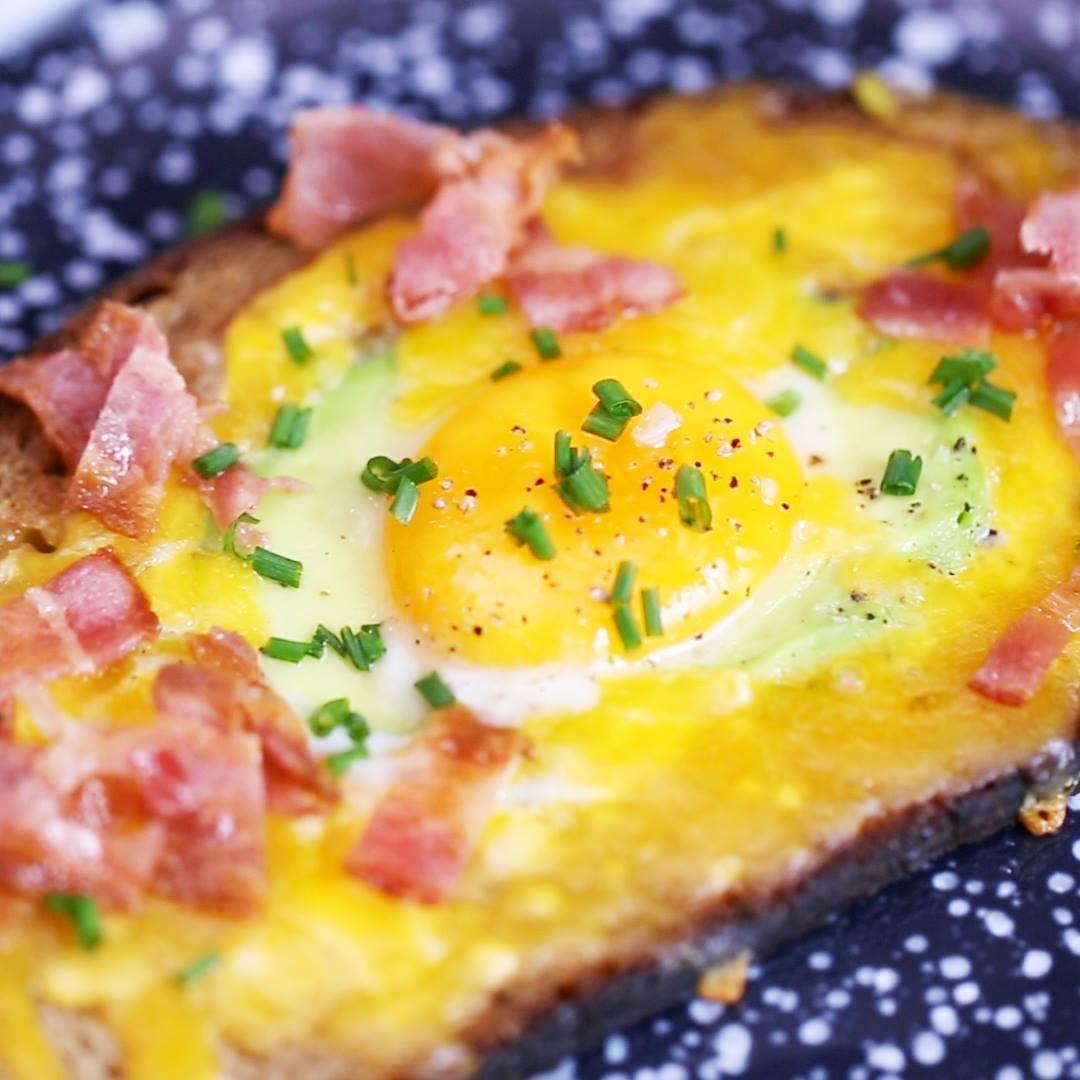 Laissez-vous tenter par lavocado toast, simple à réaliser et tellement gourmand