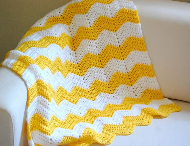 such a cute afghan! chevron yellow | crafts | Pinterest