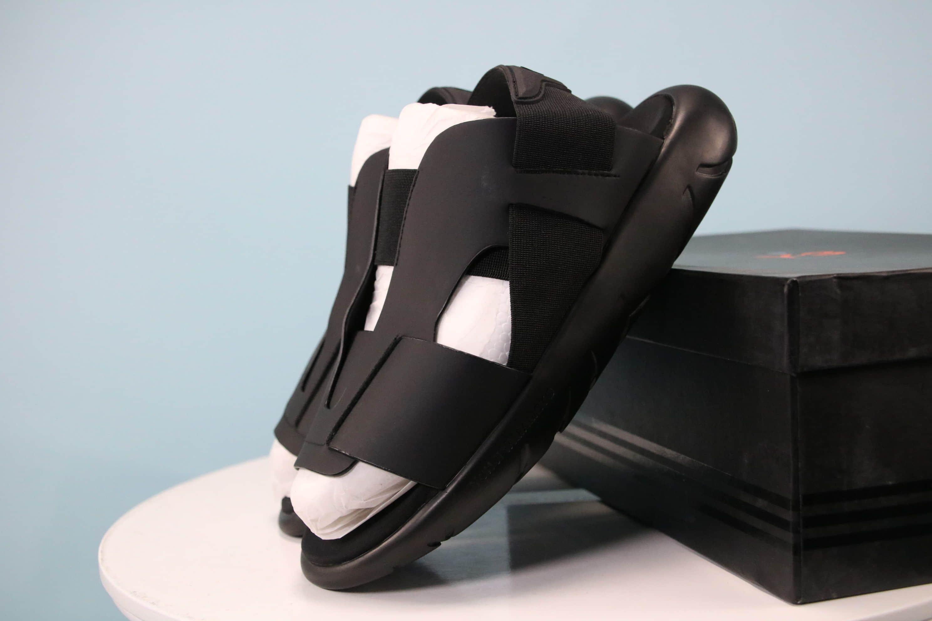 d1ca73e6f7dc96 Y-3 Yohji Yamamoto X Adidas slide Sandal Black Blue