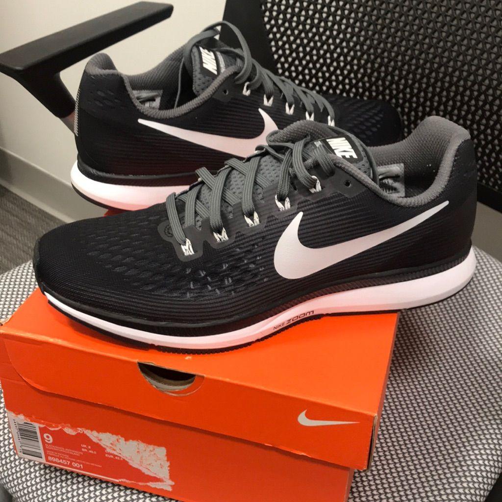 Nike Air Zoom Pegasus 34 - Men's Size 9