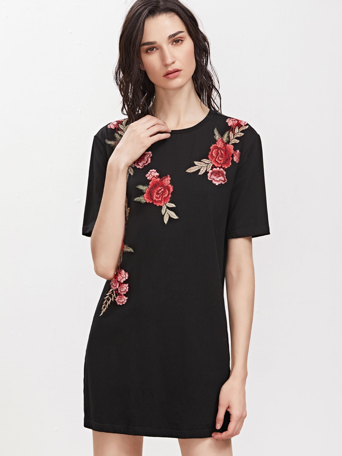Black embroidered flower applique short sleeve tee dress