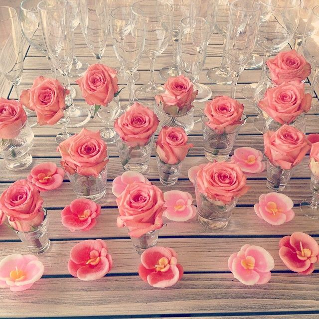 Theflowergirlperths Photo 21st Birthday Celebrations Coral Roses In Glass Jars For Table Decoration