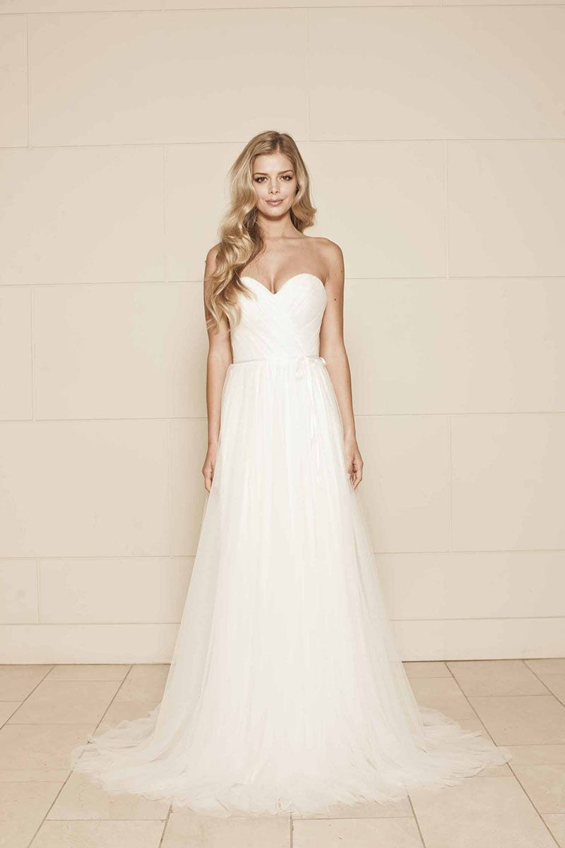 Romantic Soft Netting Strapless Sweetheart Simple A-line Wedding ...