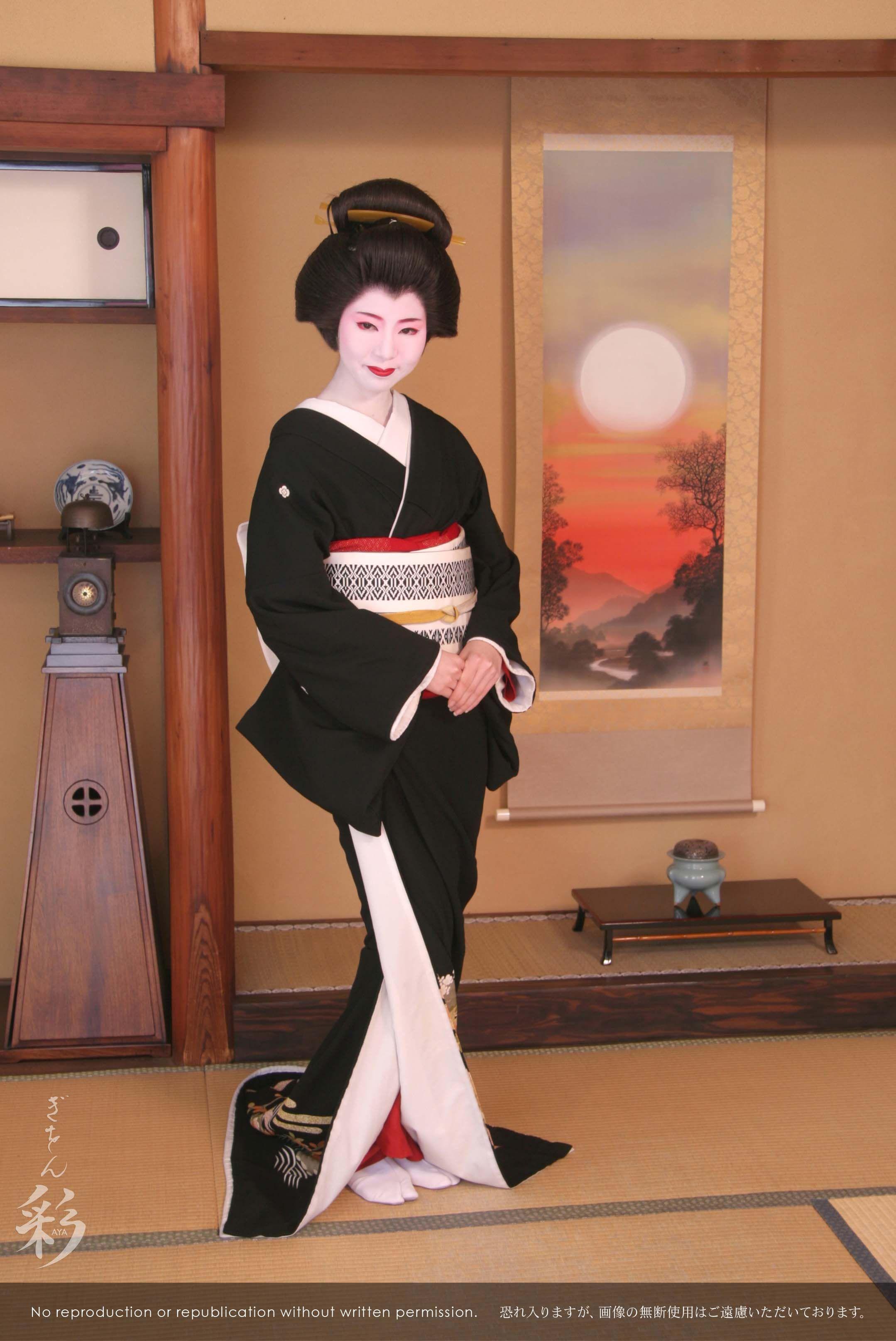 芸妓姿で。お座敷スタジオにて。#Maiko #Geiko #Kyoto