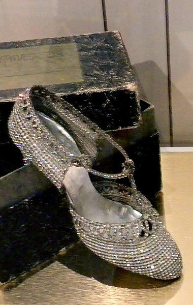 Vintage 1920 S Bata Shoe Museum Toronto Canada Photo By Ingrid Mida 1920s Shoes Vintage Shoes Bata Shoes