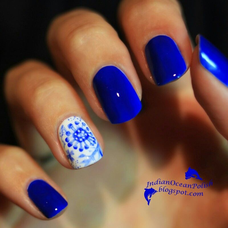 Ooh, Gorgeous! Love The Vibrant Blue Nails With Feature