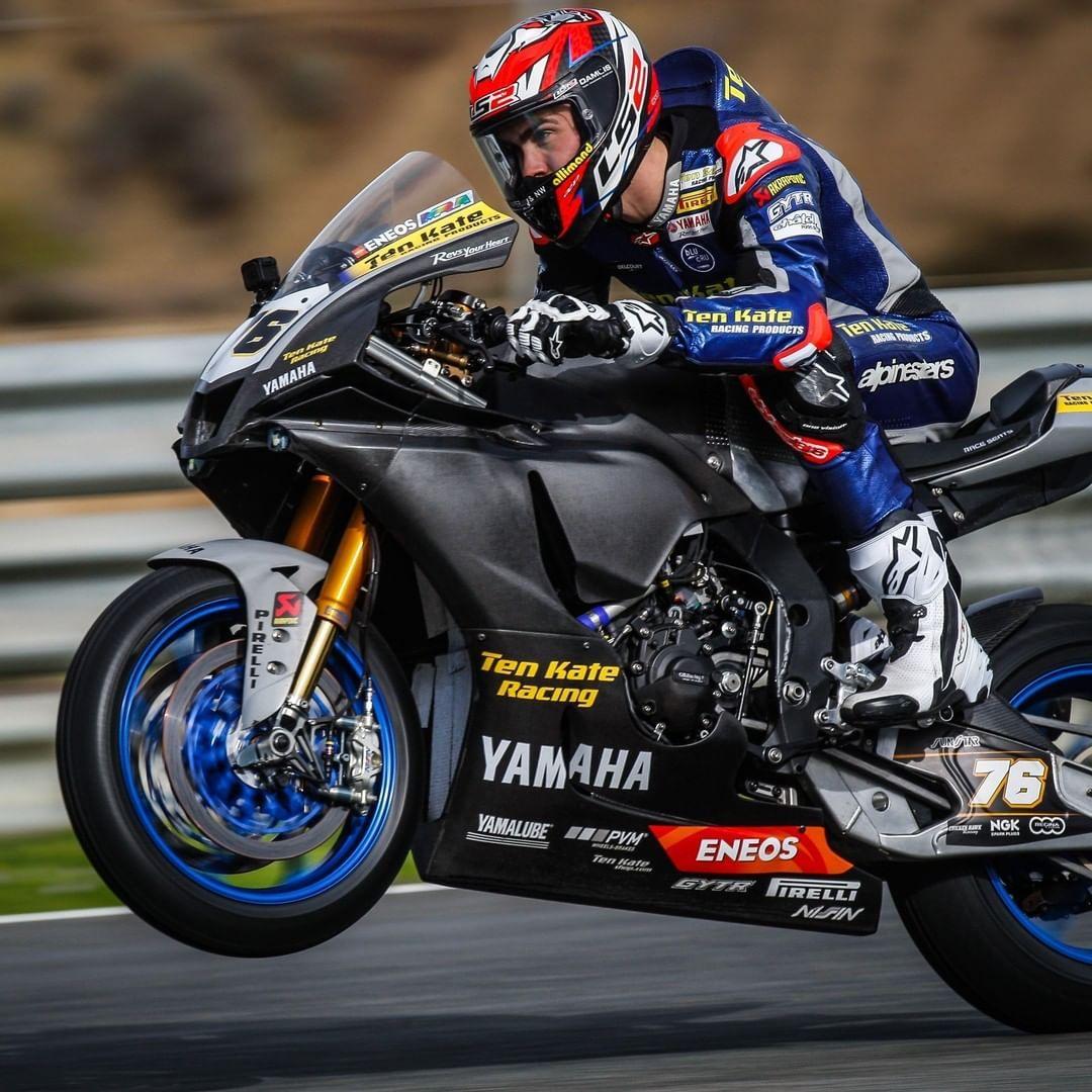 Pin By Paolo Borgonovo On Yamaha Motorcycle In 2020 Racing Bikes Motorcycle Suit Motorcycle Racing