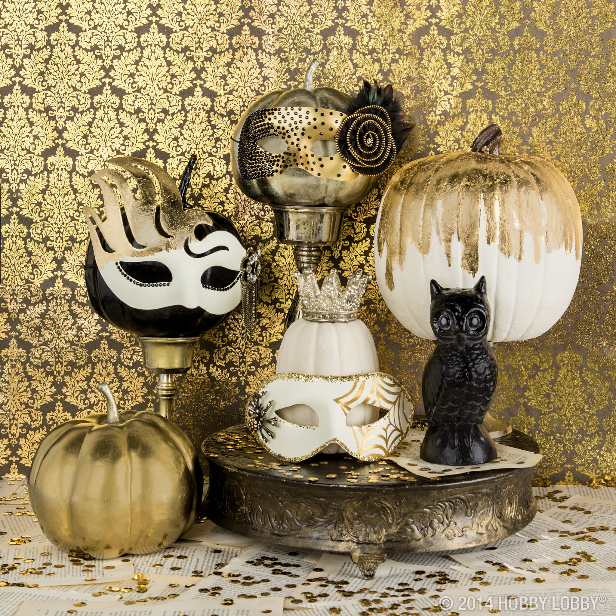 Add a touch of mystery and elegance to your Halloween décor with ...