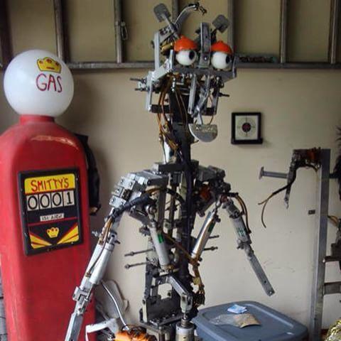 inside Billy Bob face   things   Pinterest   Youtube memes ...   Chuck E Cheese Animatronics Endoskeleton