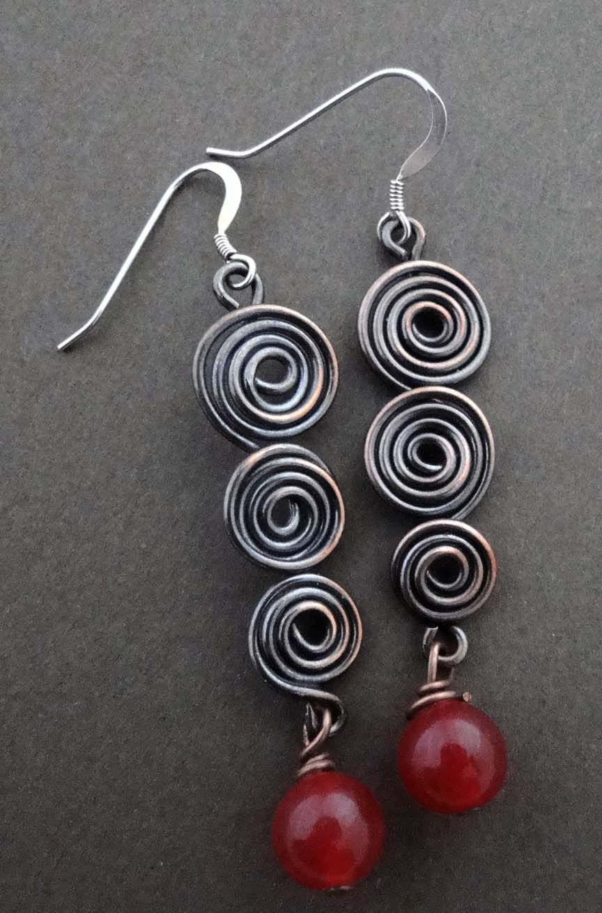 Another example of continuous spirals wire earrings