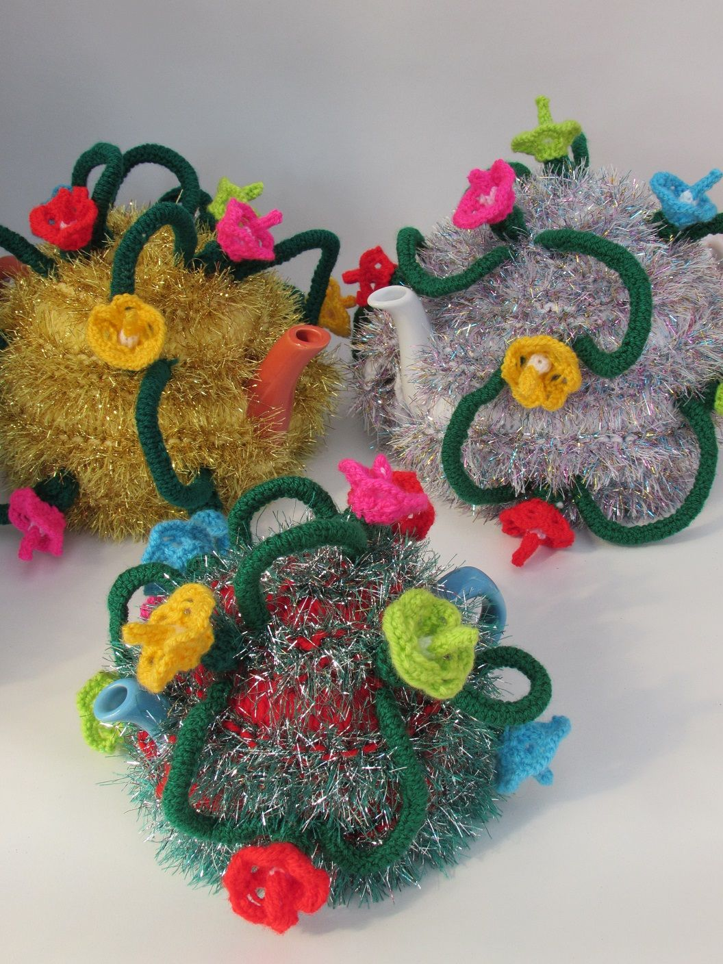 Christmas tinsel and fairy lights tea cosy knitting pattern with christmas tinsel and fairy lights tea cosy knitting pattern with led lit option check out bankloansurffo Choice Image