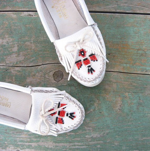 Vintage Minnetonka Moccasins / White Beaded by SmallEarthVintage,