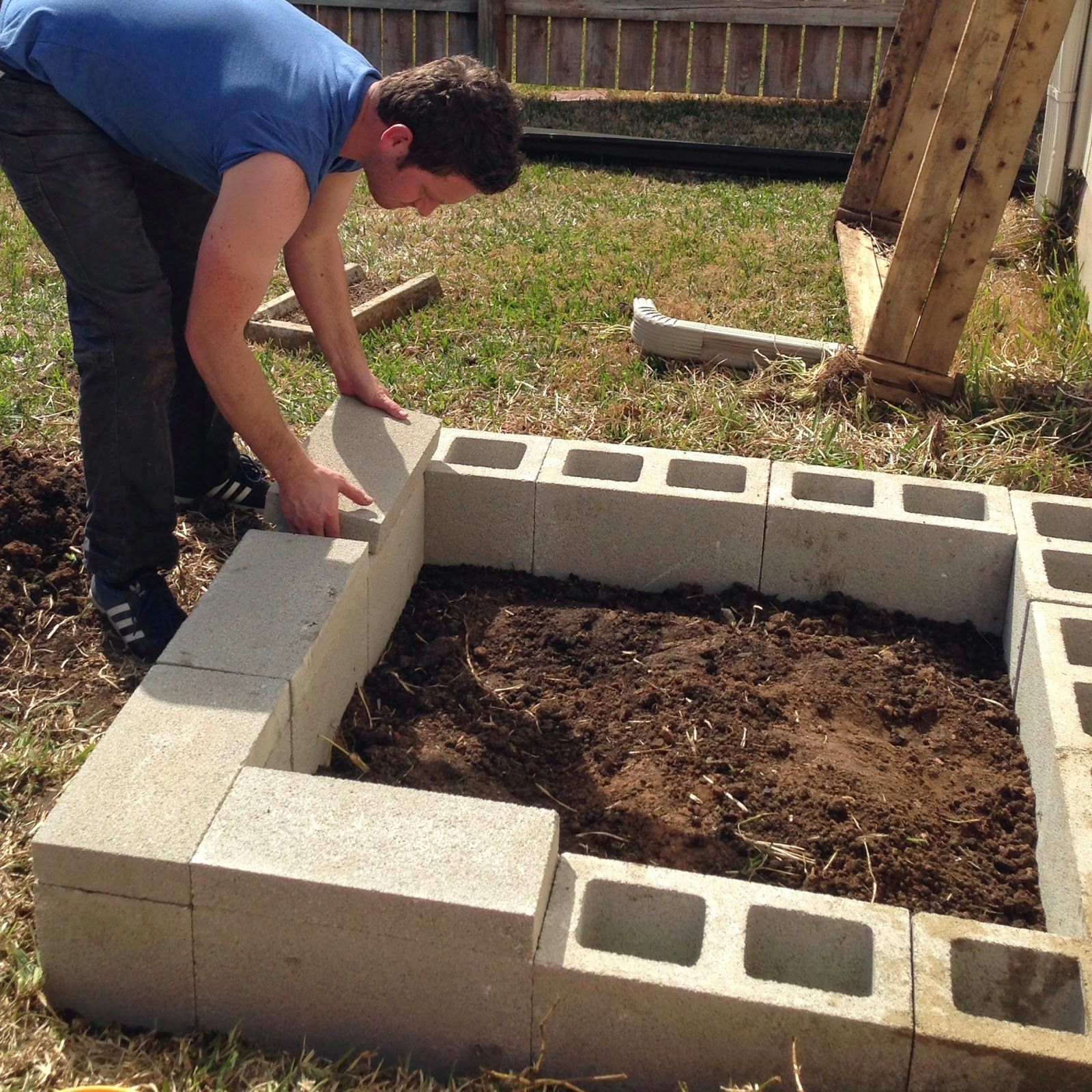 Diy Cinder Block Raised Garden Bed Cinder Block Garden