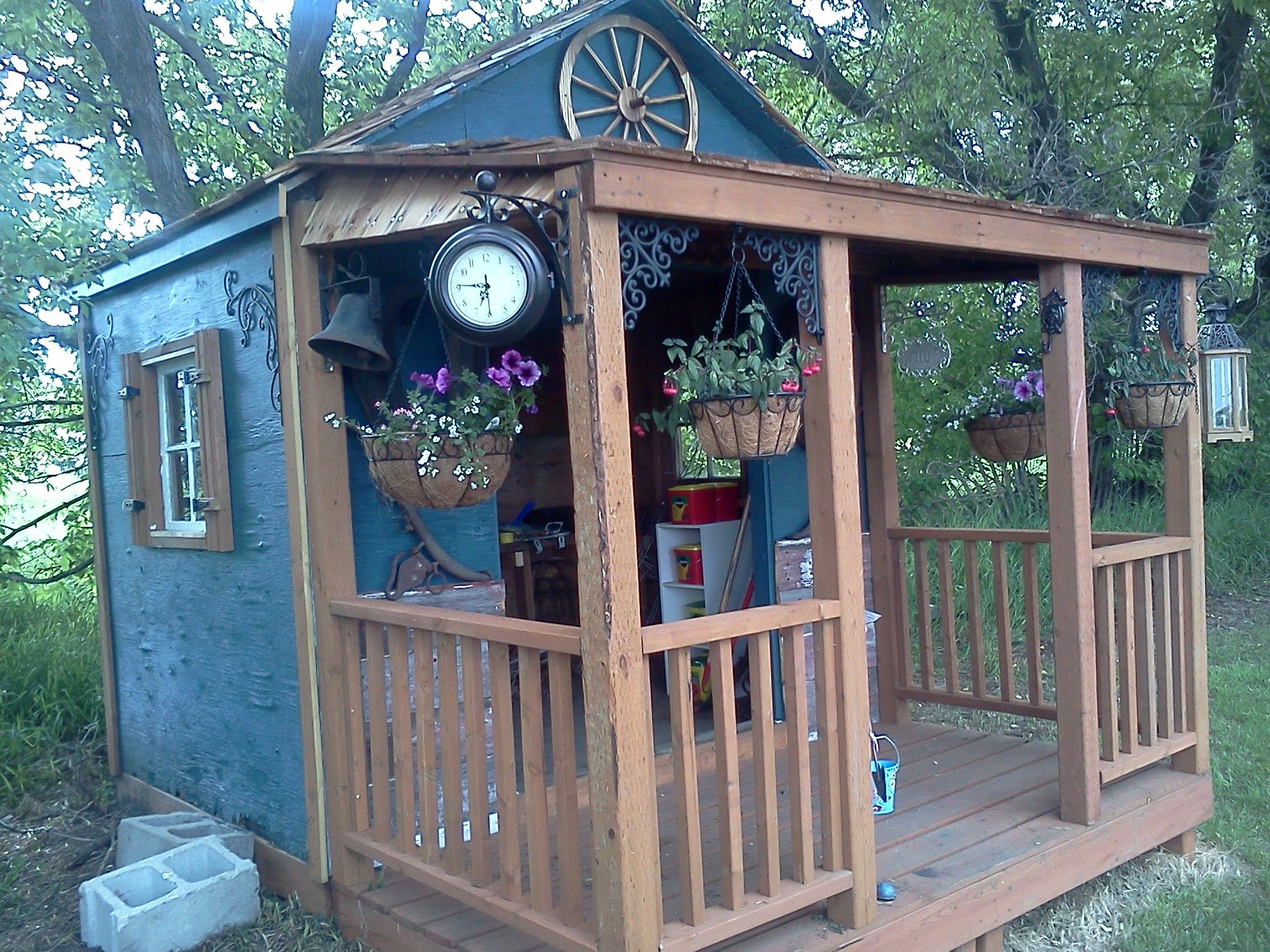 cute western style garden shed in 2019   Painted shed ...