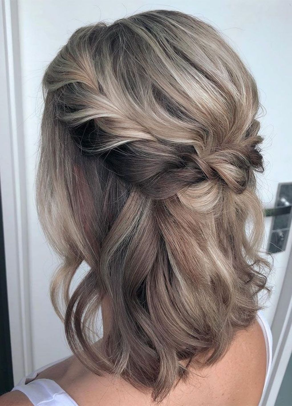Excellent Photo Half up half down hair short Strategies About your wedding recep...#excellent #hair #photo #recep #short #strategies #wedding