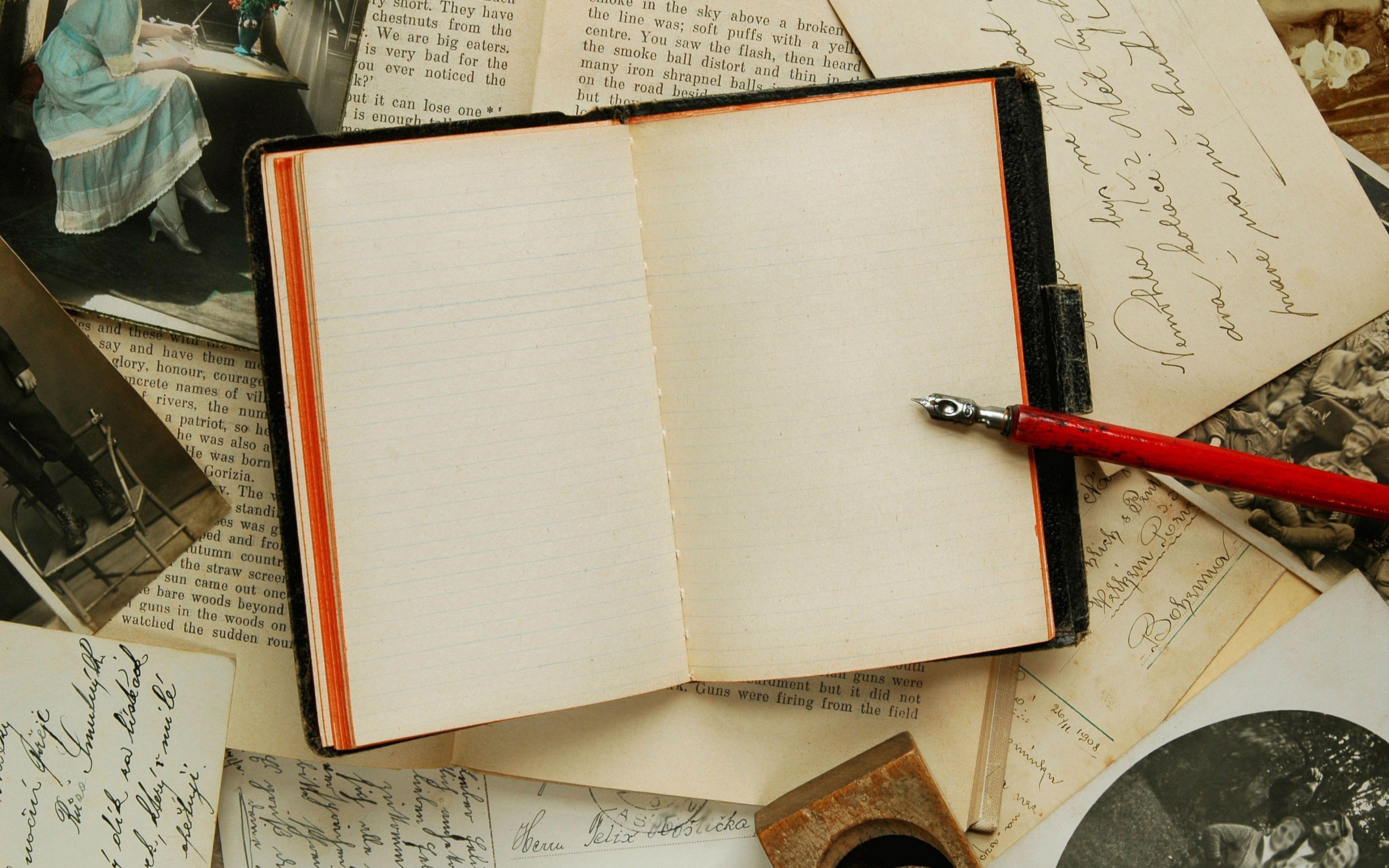 Resultado de imagen de escribir libro antiguo