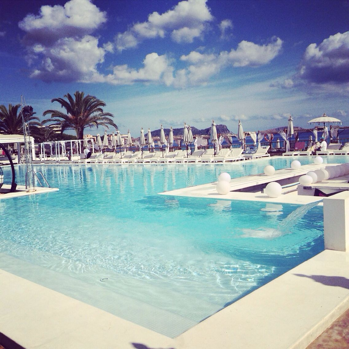 Long Stay Vacations In Spain: Jacaranda Beach Bar In Es Cana #Ibiza