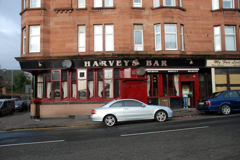 Harvey S Bar Maryhill Road Glasgow Robert Pool Glasgow Pubs Glasgow Pub