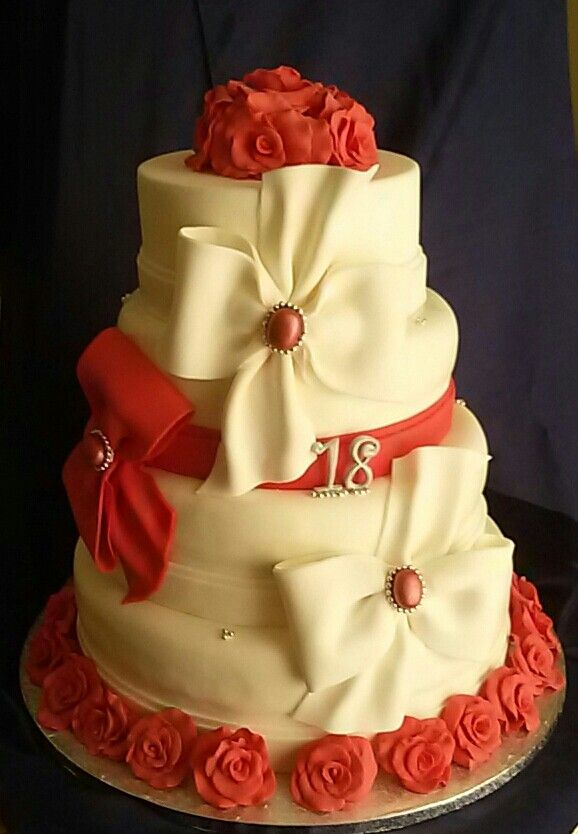 Torta X 18 Anni Cake Celebration Starts Pinterest Cake