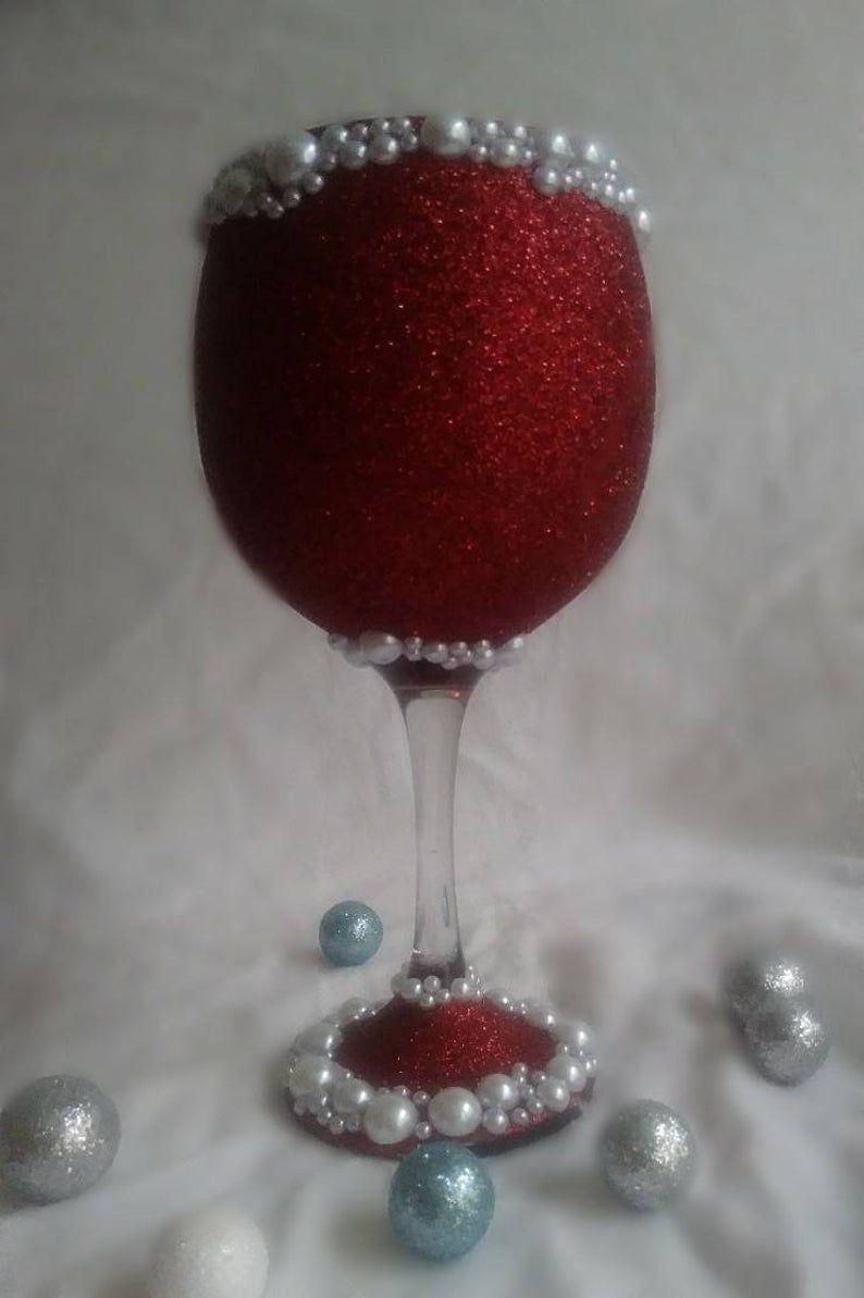 21 Oz De Vidrio Brillante Personalizado Con Perlas Etsy In 2020 Christmas Gift Wine Glasses Wine Glass Crafts Wine Glass Gifts Ideas
