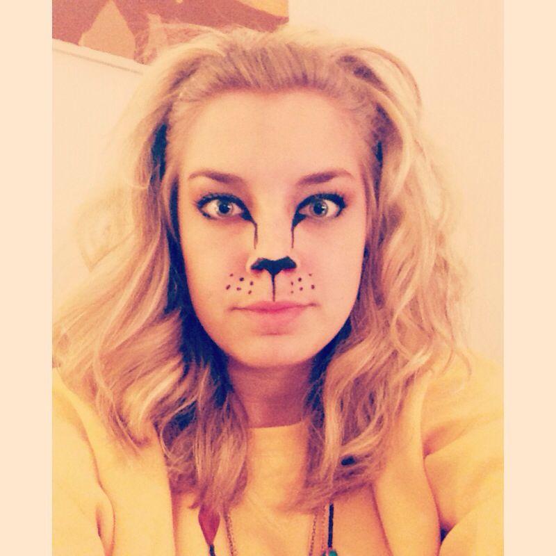 Lion Halloween costume. Black liquid eye liner, headband ...