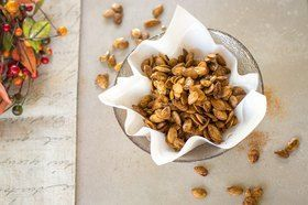 Sweet and Spicy Roasted Pumpkin Seeds #pumpkinseedsrecipe Sweet and Spicy Roasted Pumpkin Seeds Recipe | LIVESTRONG.COM #roastedpumpkinseeds
