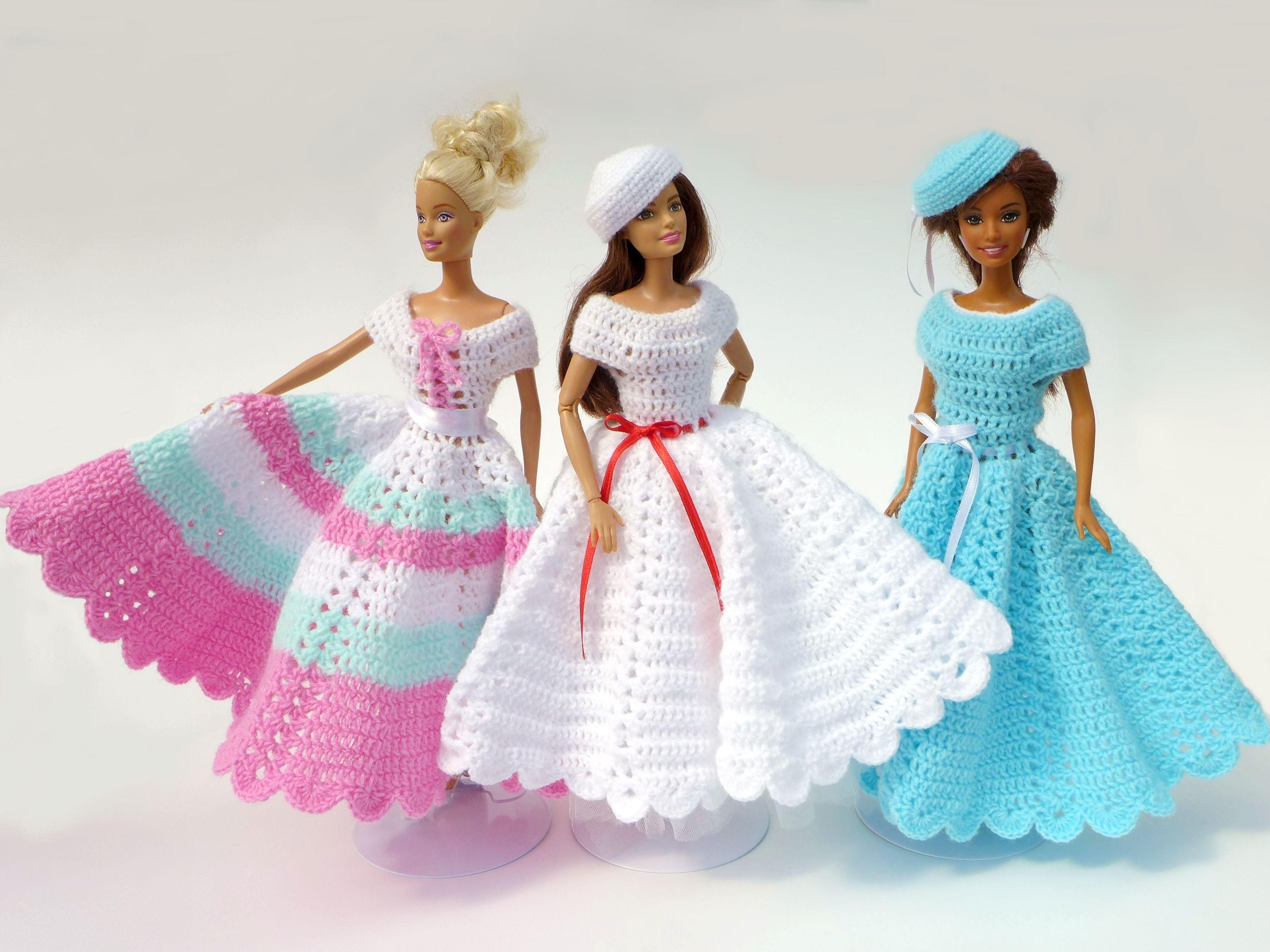 Schöne Puppenkleider Selbst Gehäkelt Handarbeiten Von Ina