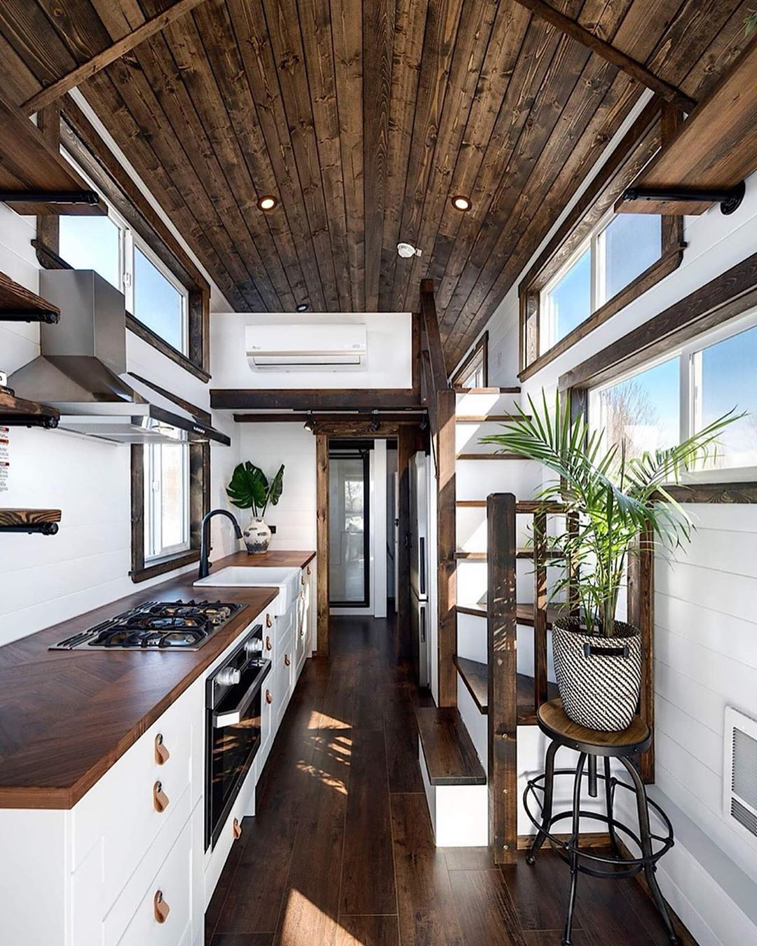how beautiful is this tiny home the stunning napa on beautiful tiny home ever id=37450