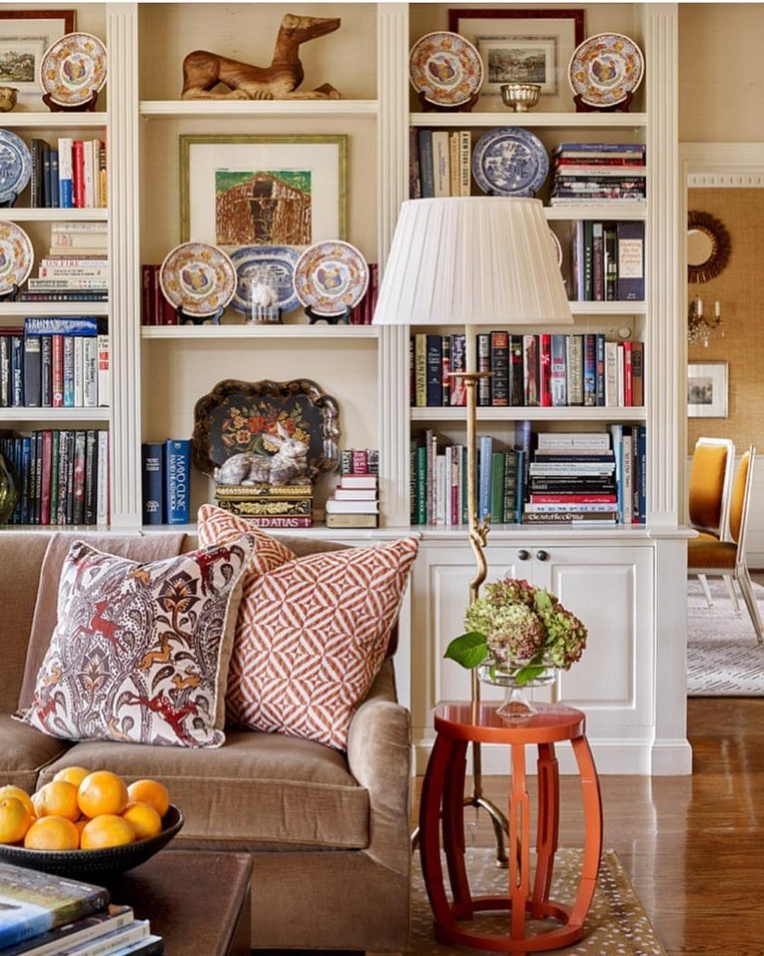Roman And Ivy On Instagram A Room With Books Just Feels So Good Via Jamestfarmer Homeinspo Houseportrait Interio Living Decor Interior Interior Design