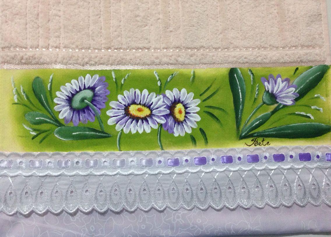 Toalhas de lavabo. Flores. Margaridas.