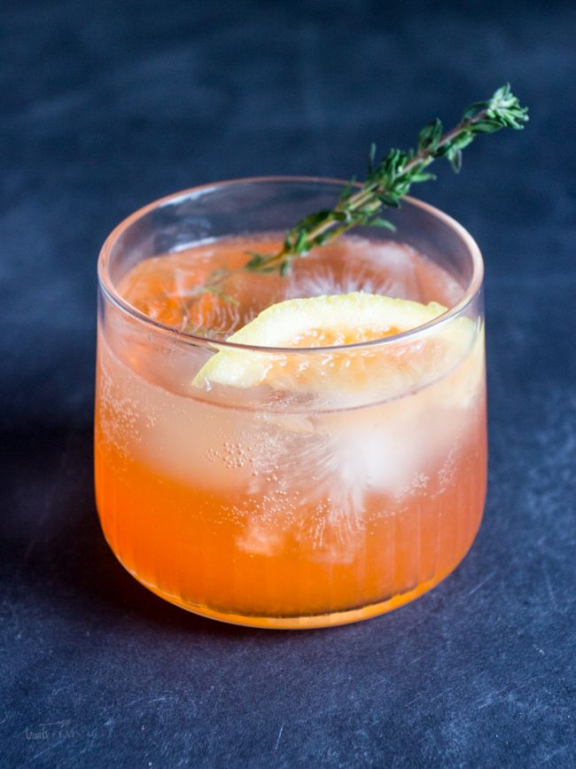 Light Summer Cocktail Recipes: Spring Thyme Spritzer